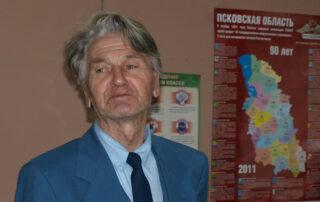 Вальтер Тоотс на Чудских чтениях в Гдовской библиотеке, 2010