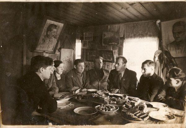 Николай Черкасов в Самолве