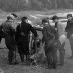 Коля Головчинер: Москва-река. Майский похорд. Коля третий справа, 1962г.
