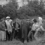 Коля Головчинер: Экспедиция. На Череменецком озере. Коля в центре, 1962г.