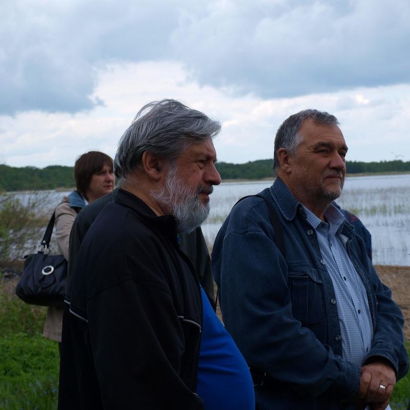 А.Козловский (слева) в Кобыльем Городище