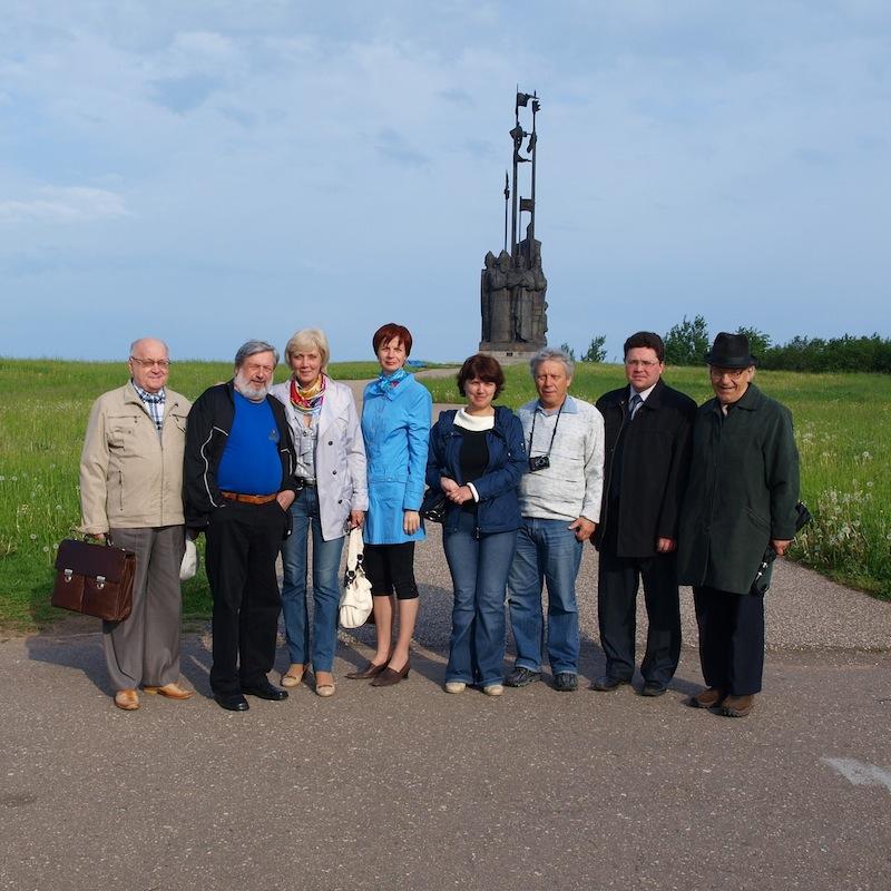 Участники чтений - 2010. А.Козловский второй слева