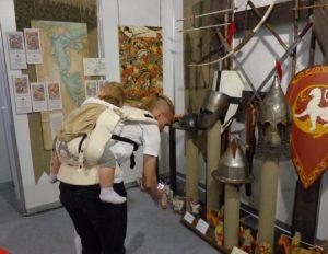 Работа на стенде Музея истории Ледового побоища